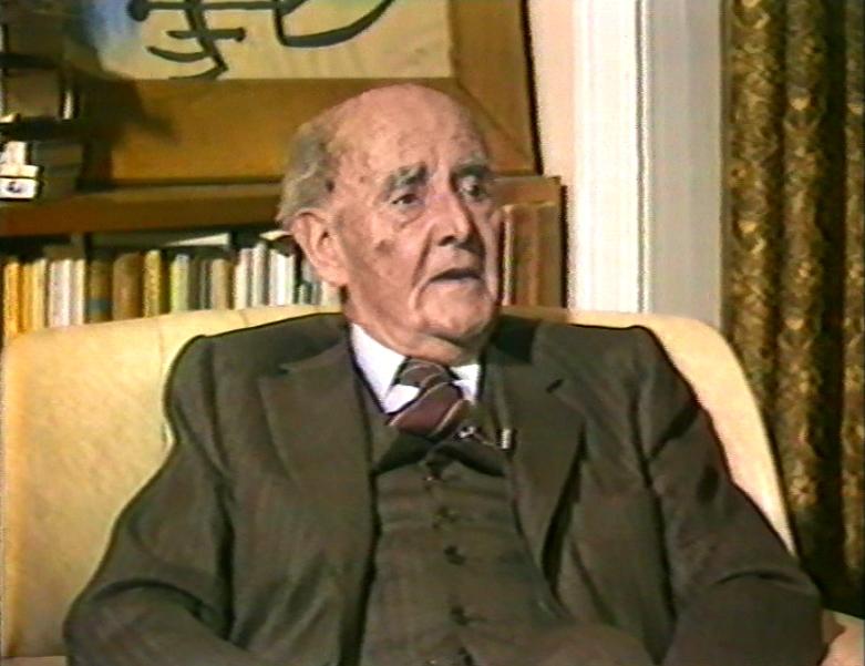 """""""Foix, investigador en poesia"""" (1982), 25 min. Amb Joan Martí Valls."""